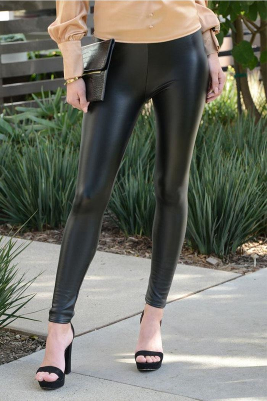 Venti 6 Vegan Leather Leggings - Front Cropped Image