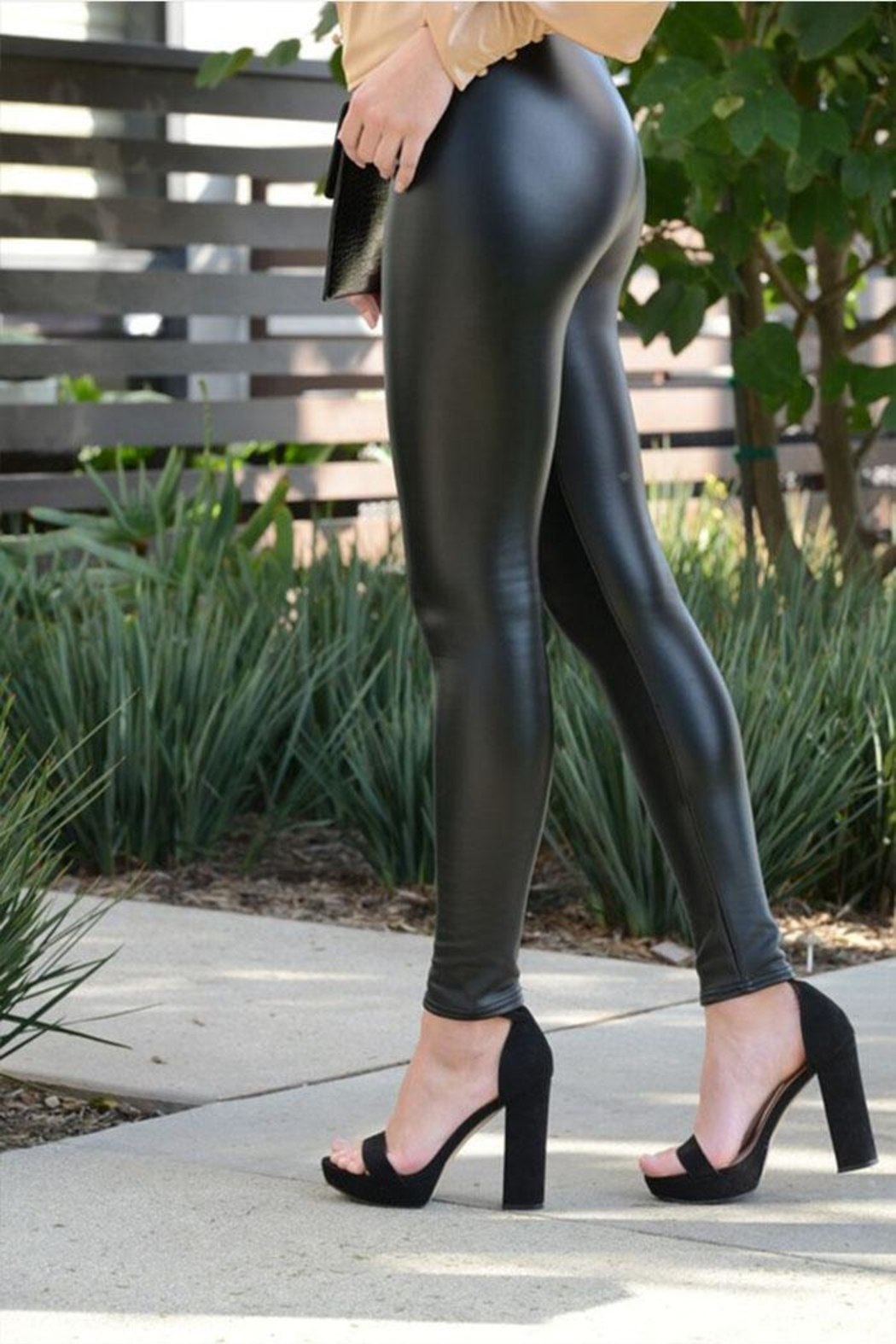Venti 6 Vegan Leather Leggings - Front Full Image