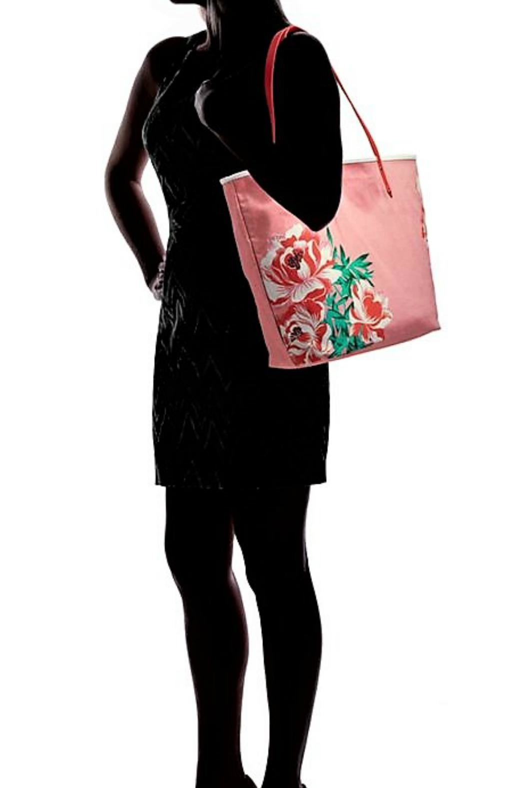 Vera Bradley Oxford Floral Tote - Back Cropped Image