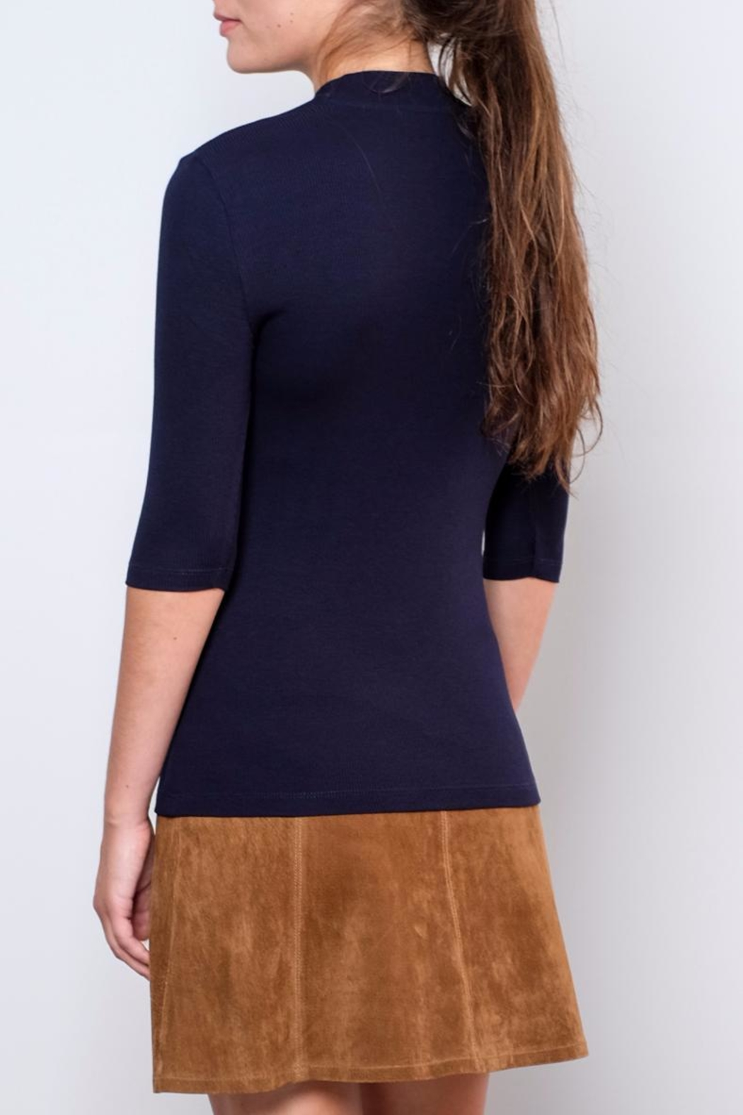Vero Moda Fitted Mock-Neck Top - Side Cropped Image
