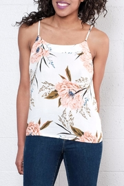 Vero Moda Floral Relaxed Singlet Top - Front cropped