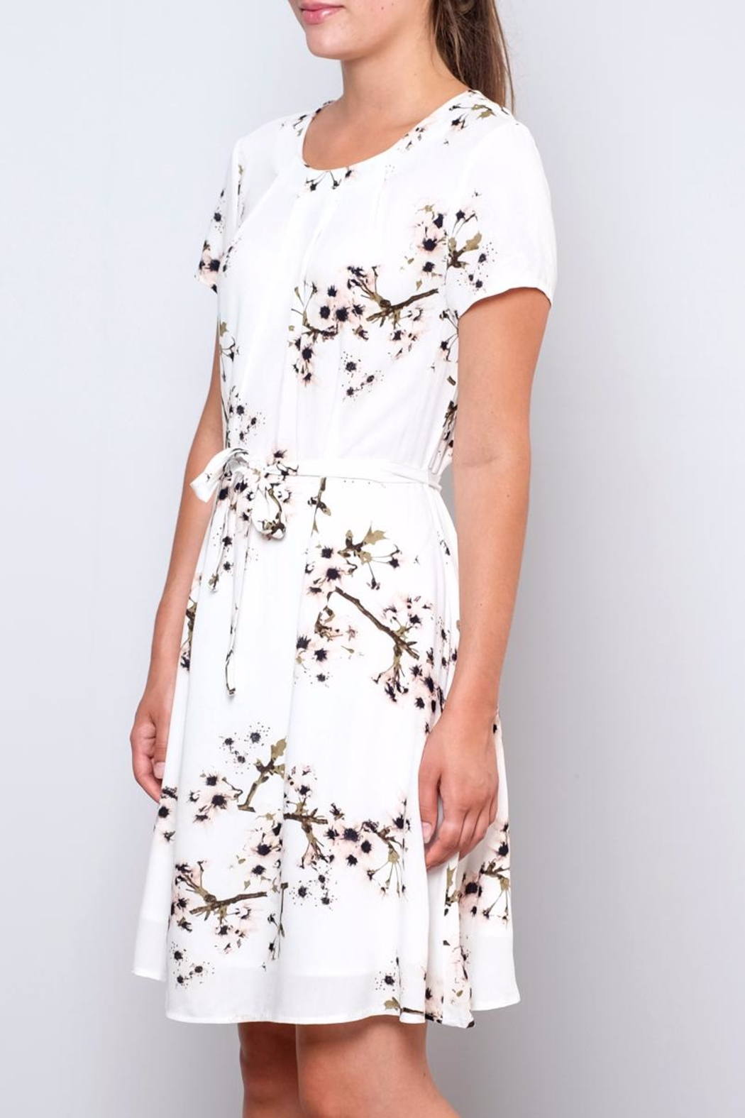 Vero Moda Occasion Floral Dress - Side Cropped Image