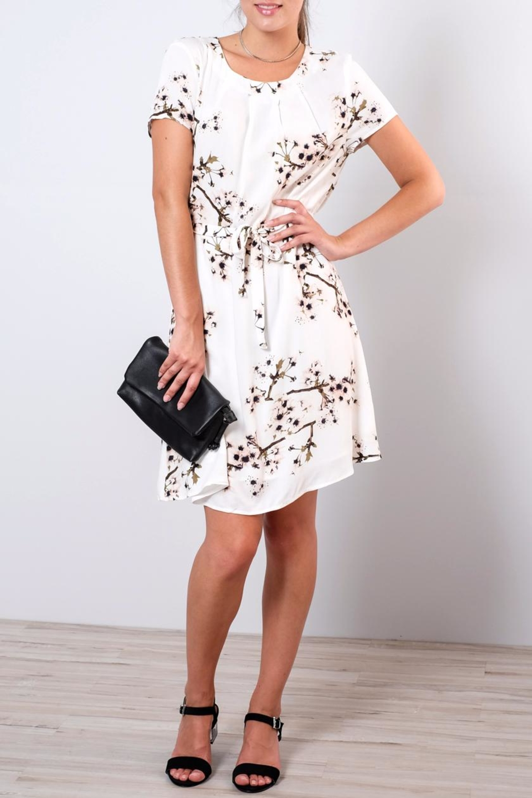 Vero Moda Occasion Floral Dress - Front Cropped Image