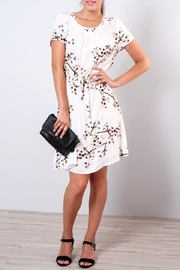 Vero Moda Occasion Floral Dress - Front cropped