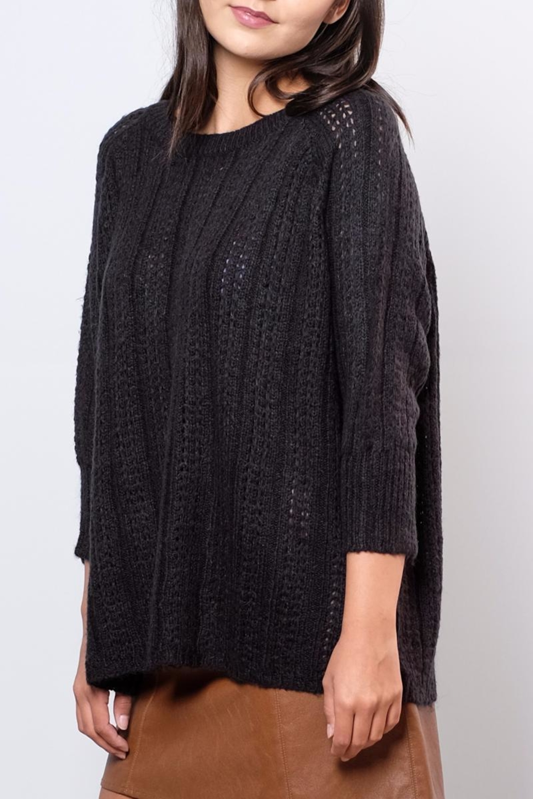 Vero Moda Oversized Cable Knit Sweater - Side Cropped Image