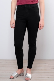 Vero Moda Raw Ankle Jeans - Front full body