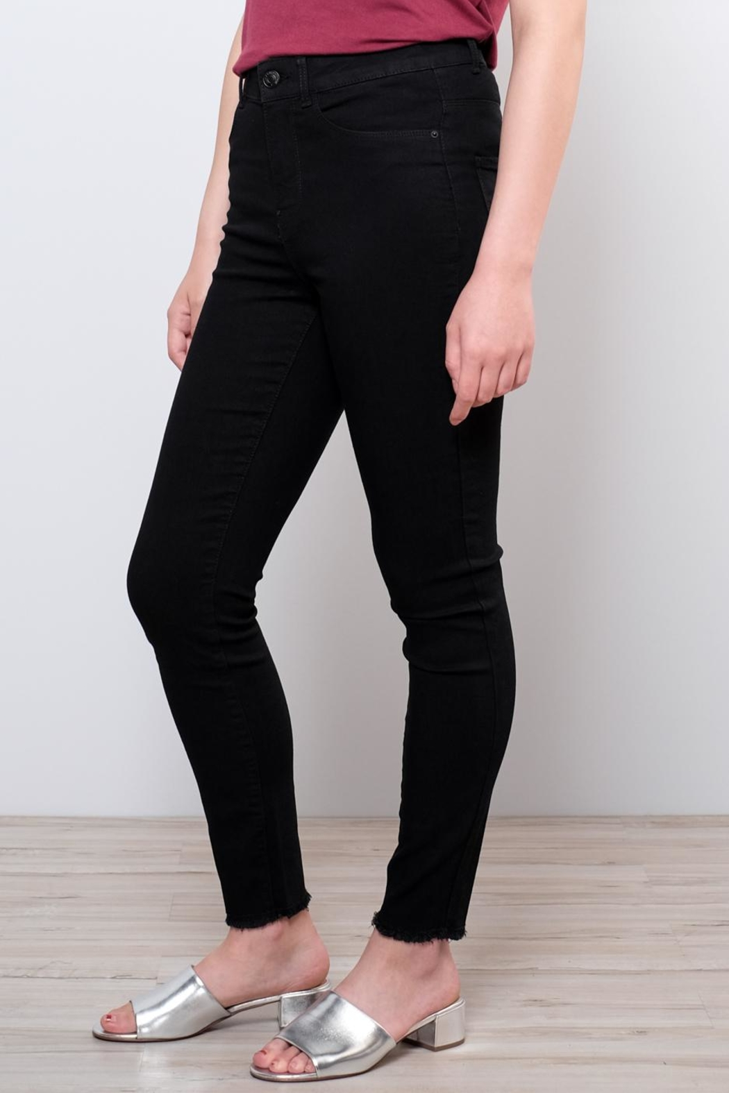 Vero Moda Raw Ankle Jeans - Side Cropped Image