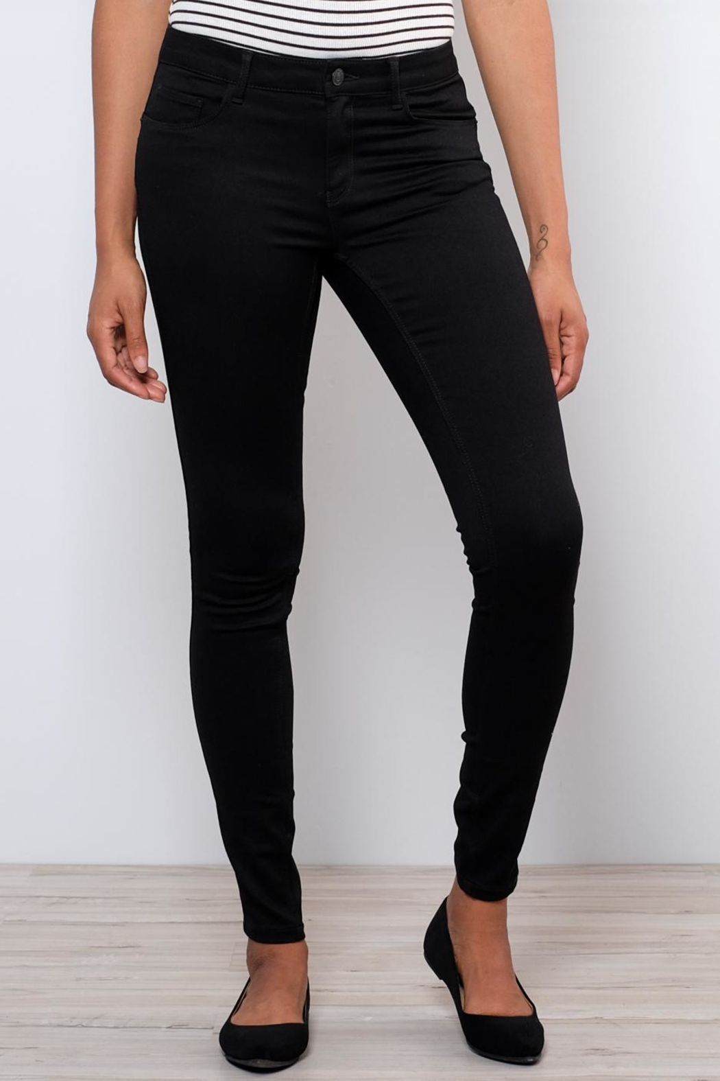 Vero Moda Shape-Up Skinny Jeans - Front Full Image