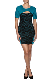 Verty Lace Front Mini - Front full body