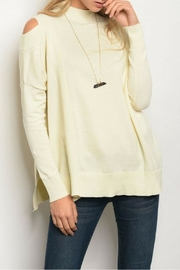 Very J Asymetrical Ivory Top - Front cropped
