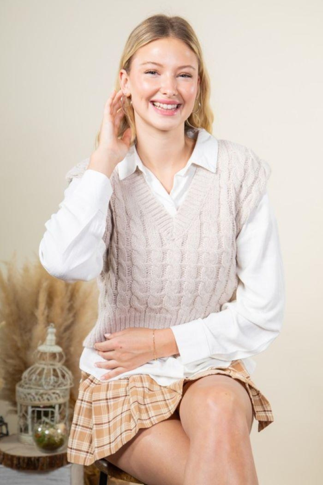 Very J Cable Knit Cropped Sweater Vest - Main Image