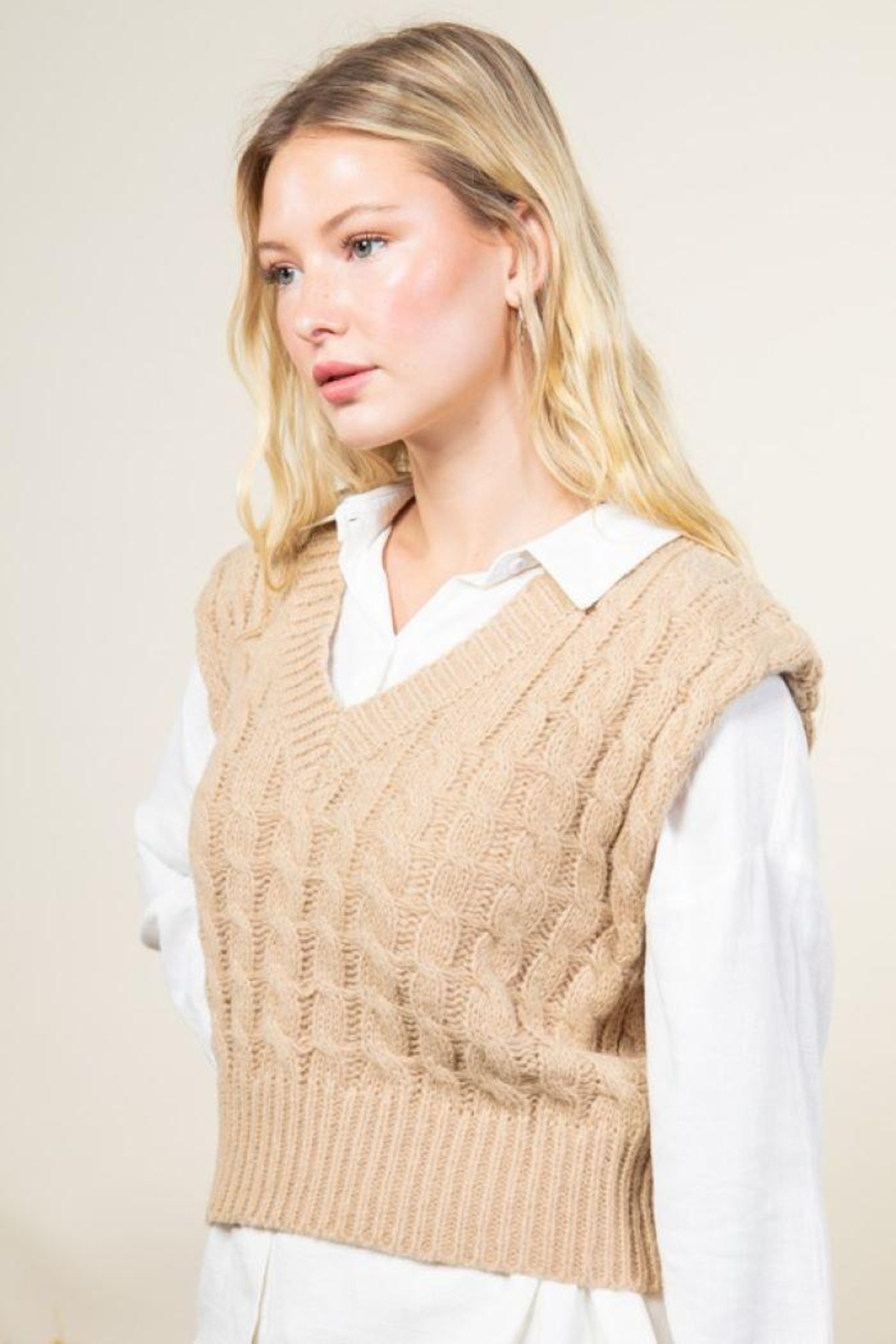 Very J Cable Knit Cropped Sweater Vest - Back Cropped Image