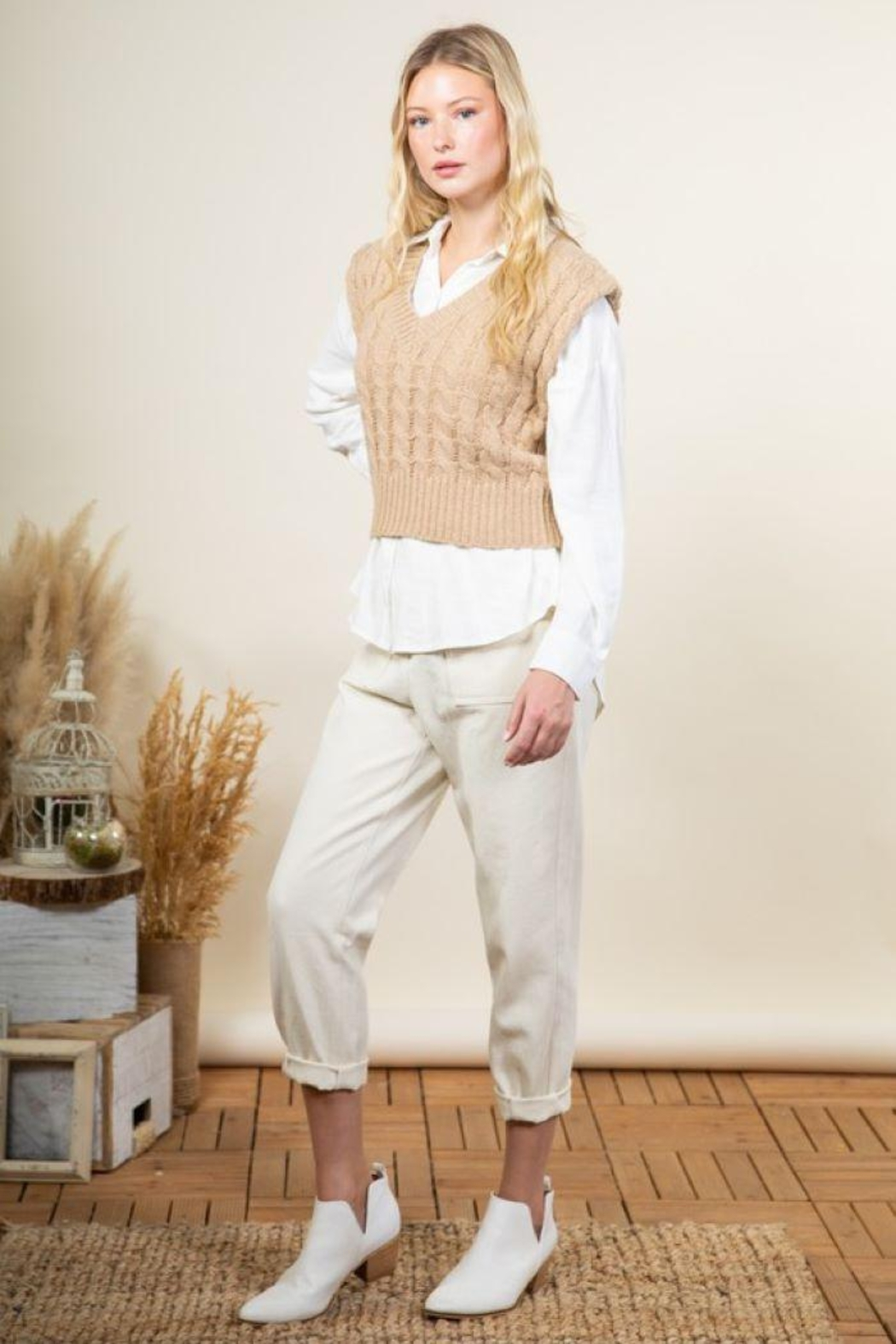 Very J Cable Knit Cropped Sweater Vest - Front Cropped Image