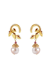 Vessel Entwined Pearl Earrings - Product Mini Image
