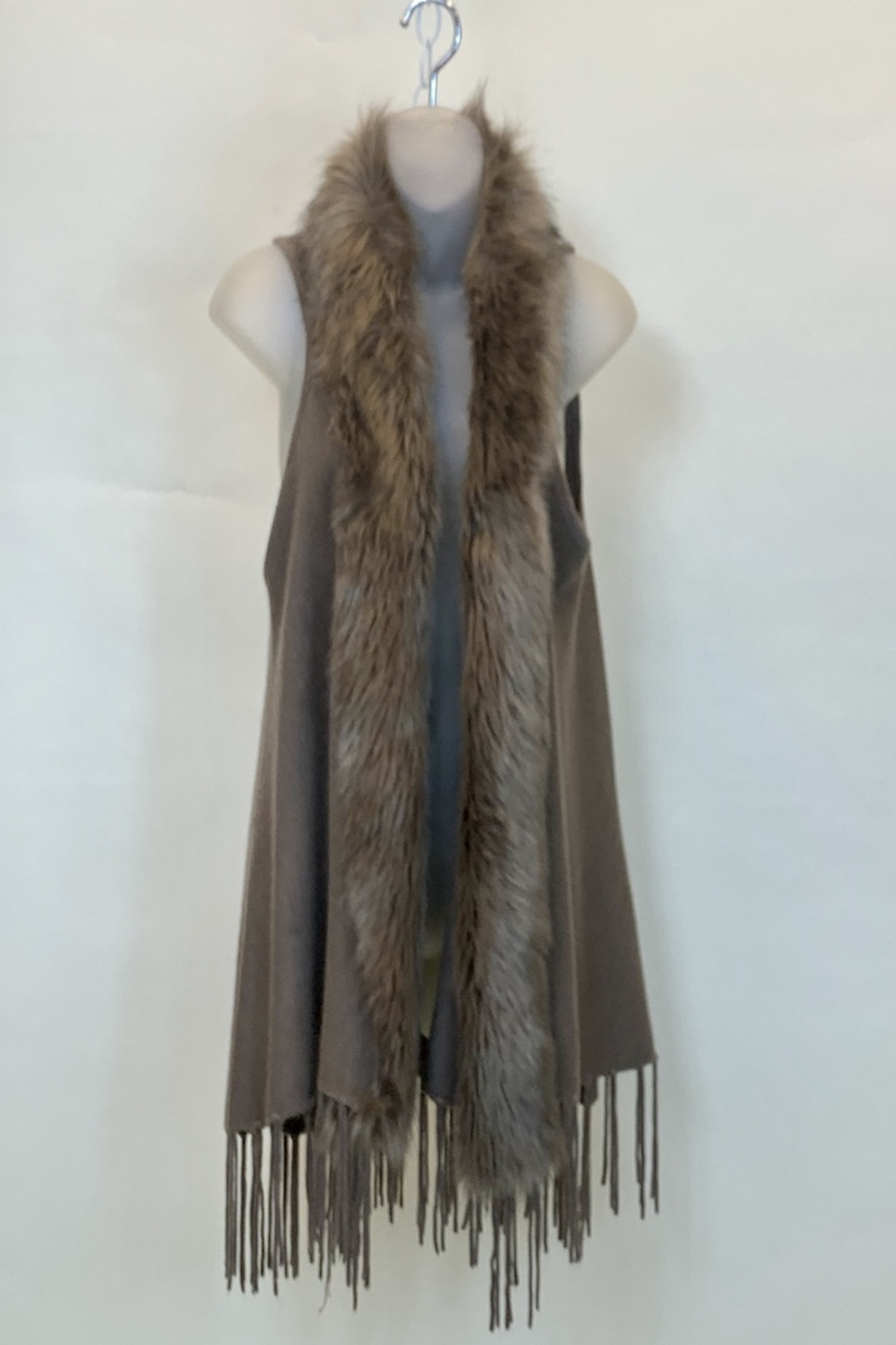 Origami VEST WITH FAUX FUR COLLAR - Main Image