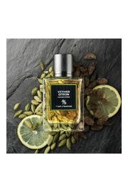 ART OF SHAVING VETIVER CITRON COLOGNE - Front full body