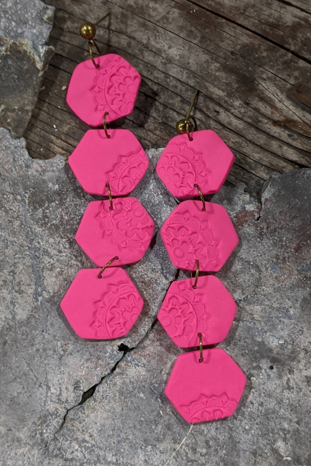 j.cole Vibrant Hexagons Lightweight Polymer Clay Earrings - Front Cropped Image
