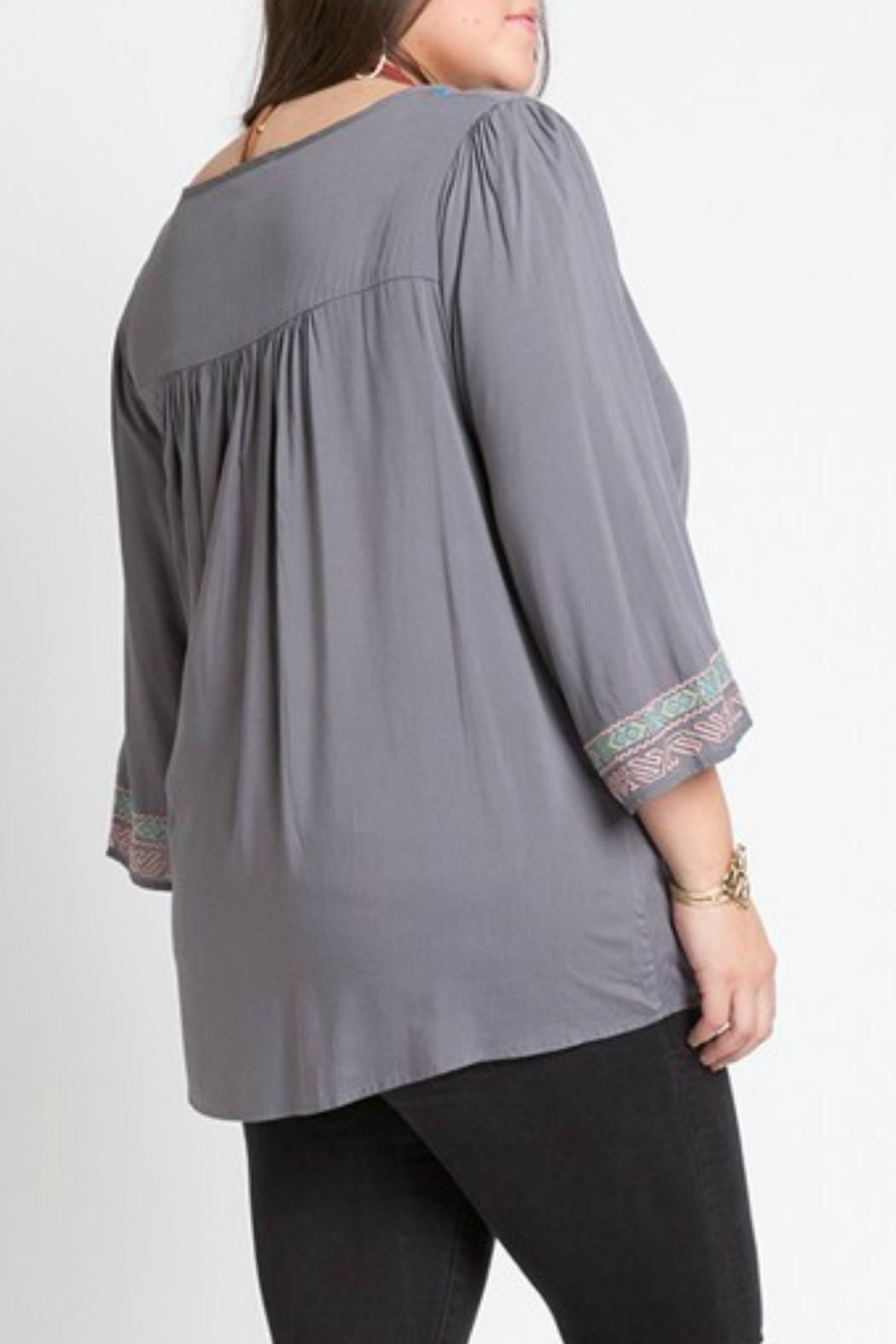 Izzie's Boutique Victoria Embroidered Blouse - Side Cropped Image