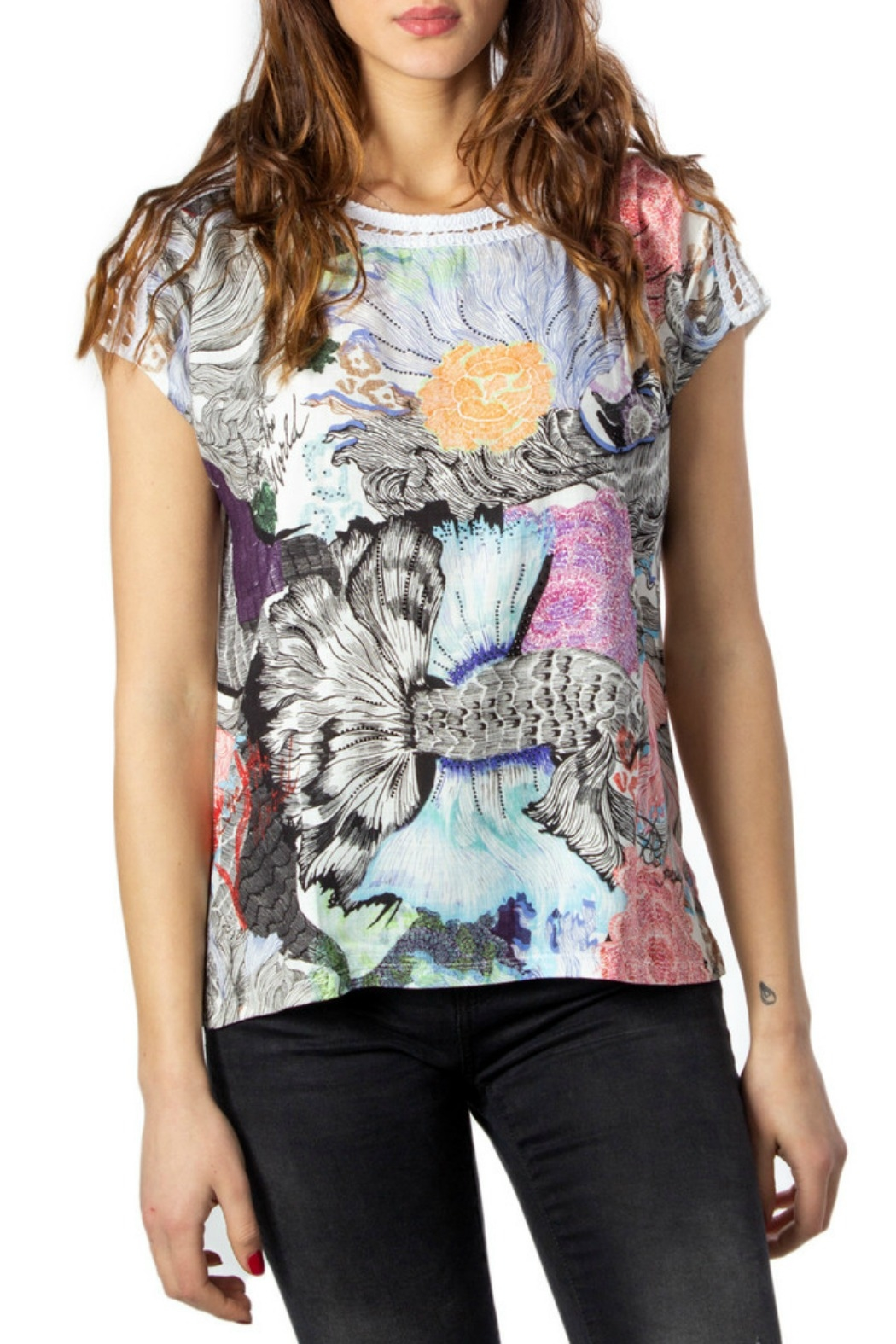 DESIGUAL Viena T-Shirt - Front Cropped Image