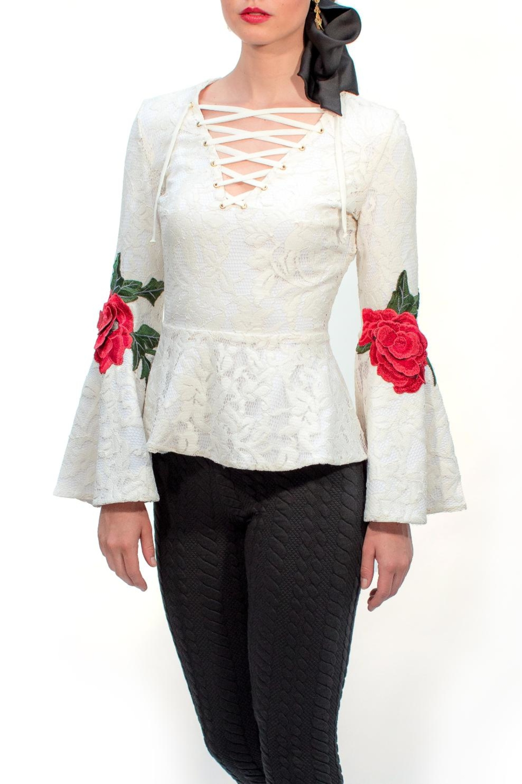 Viesca y Viesca Lace Embroided Blouse - Front Full Image