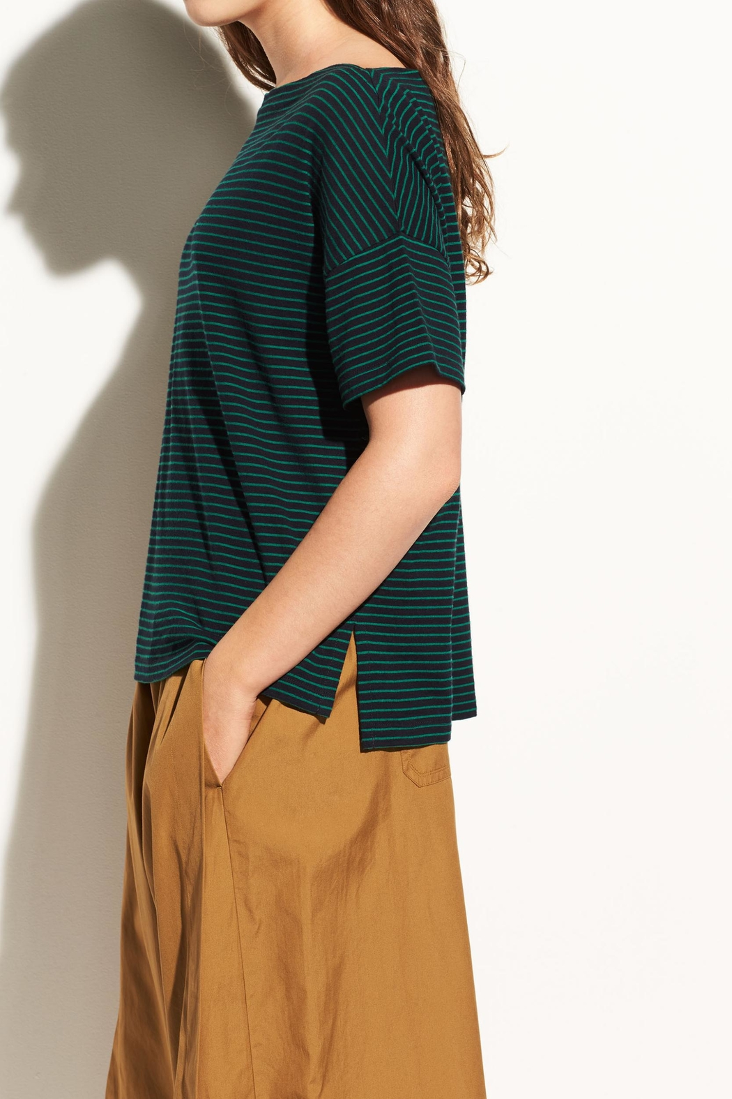 Vince Classic Stripe Boatneck - Side Cropped Image