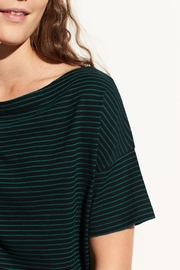 Vince Classic Stripe Boatneck - Front full body