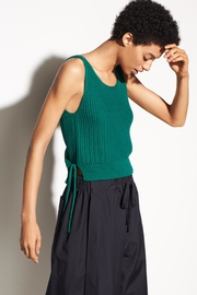Vince Crossover Tank - Side cropped