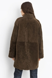 Vince Reversible Shearling Coat - Side cropped