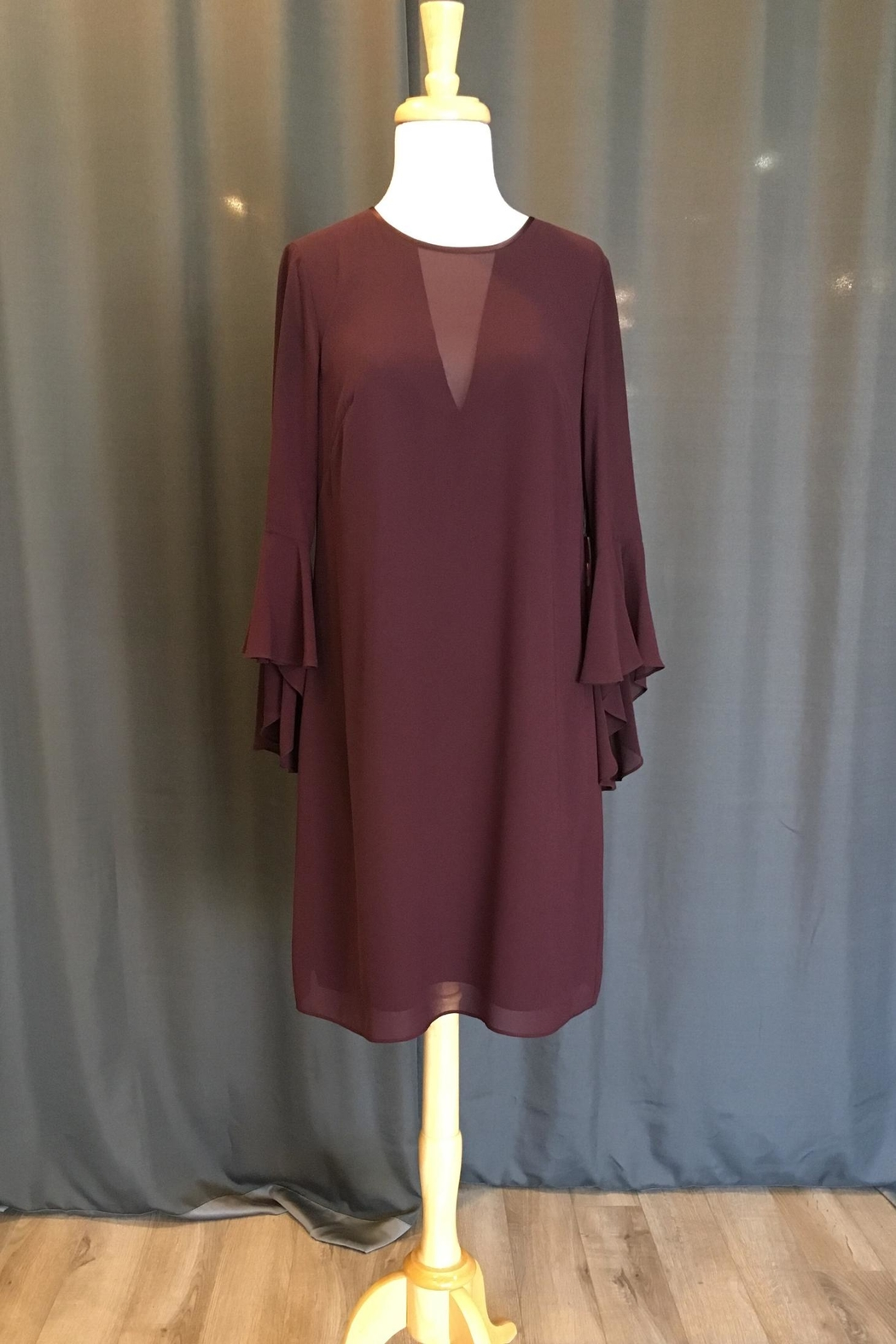 Vince Camuto Bell Sleeve Dress - Front Cropped Image
