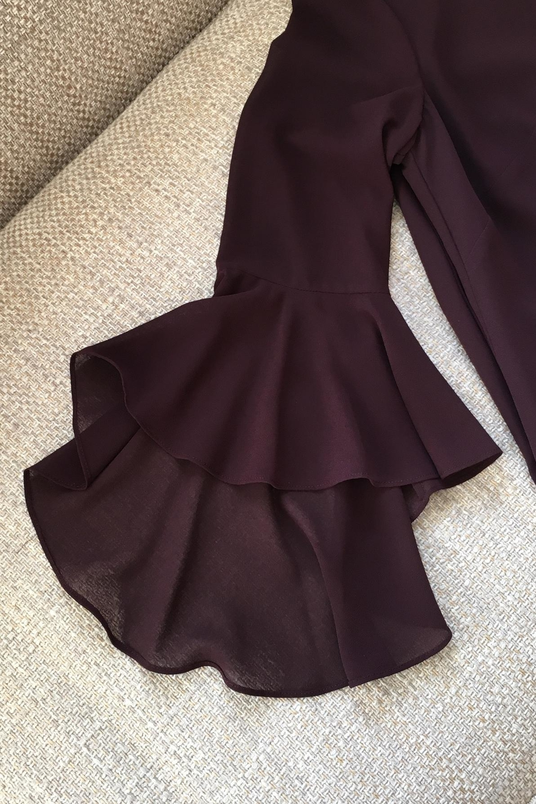 Vince Camuto Bell Sleeve Dress - Side Cropped Image