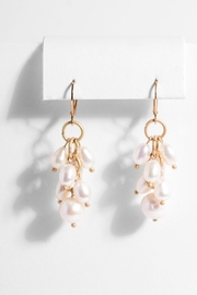 Saachi Vineyard Pearl Earring - Product Mini Image