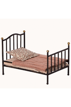 Maileg Vintage Bed Mouse - Anthracite - Product List Image