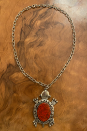 tesoro  Vintage Silvertone Agate Turtle Necklace - Front cropped