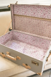 Deux Peches Vintage Style Luggage - Other