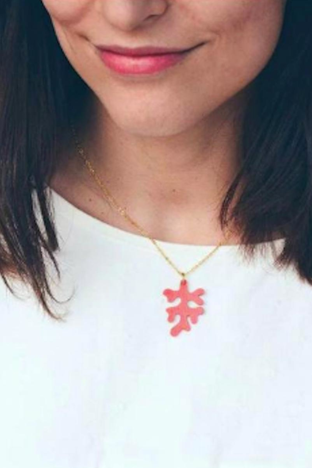 Vinuesa Made Leather Coral Necklace - Front Full Image