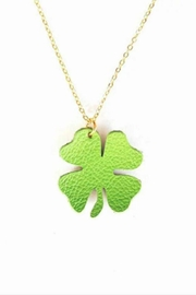 Vinuesa Made Leather Shamrock Necklace - Front cropped