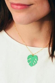 Vinuesa Made Monstera Leaf Necklace - Front full body