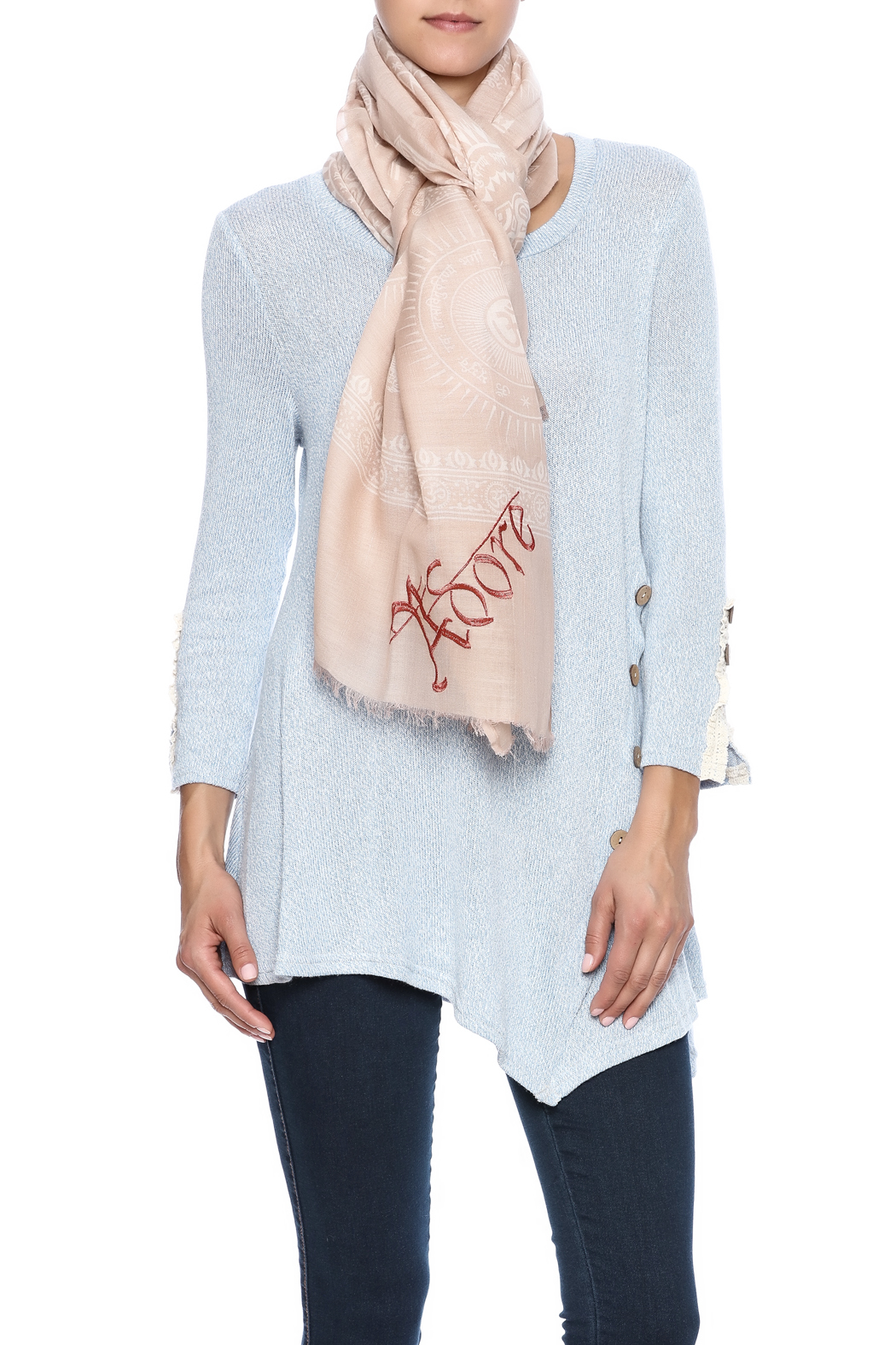 Violet Del Mar Adore Scarf - Front Cropped Image