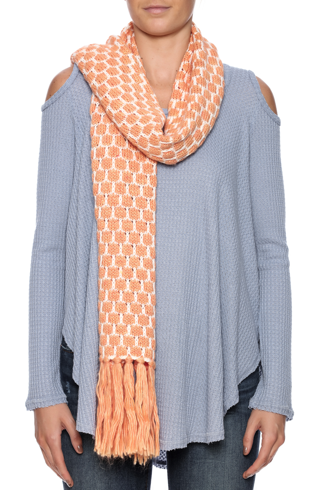 Violet Del Mar Knitted Scarf - Back Cropped Image