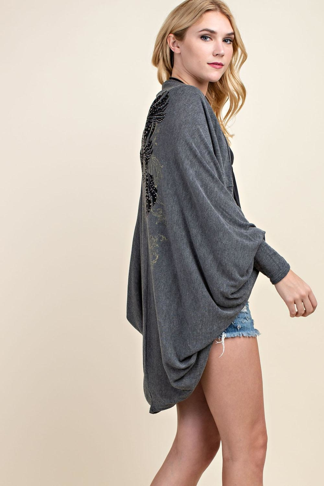 Vocal Apparel Stone Detailed Cocoon-Cardigan - Side Cropped Image