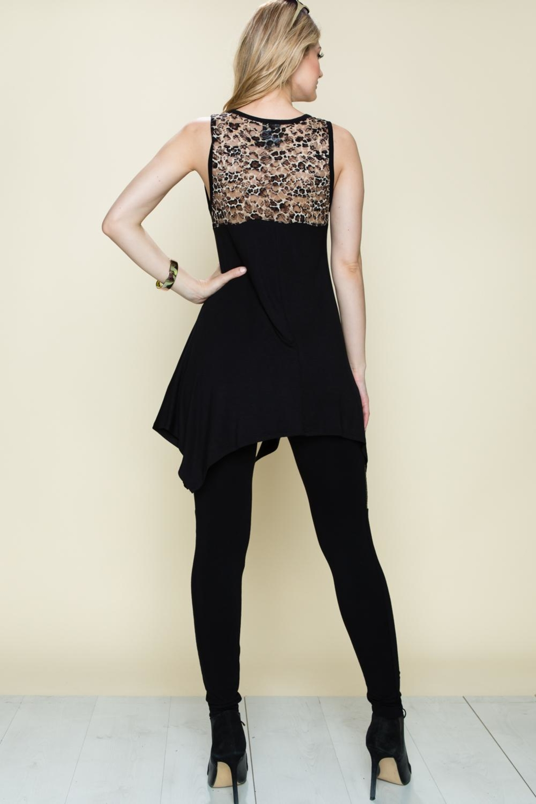 Vocal Apparel Wing Tunic Top - Side Cropped Image