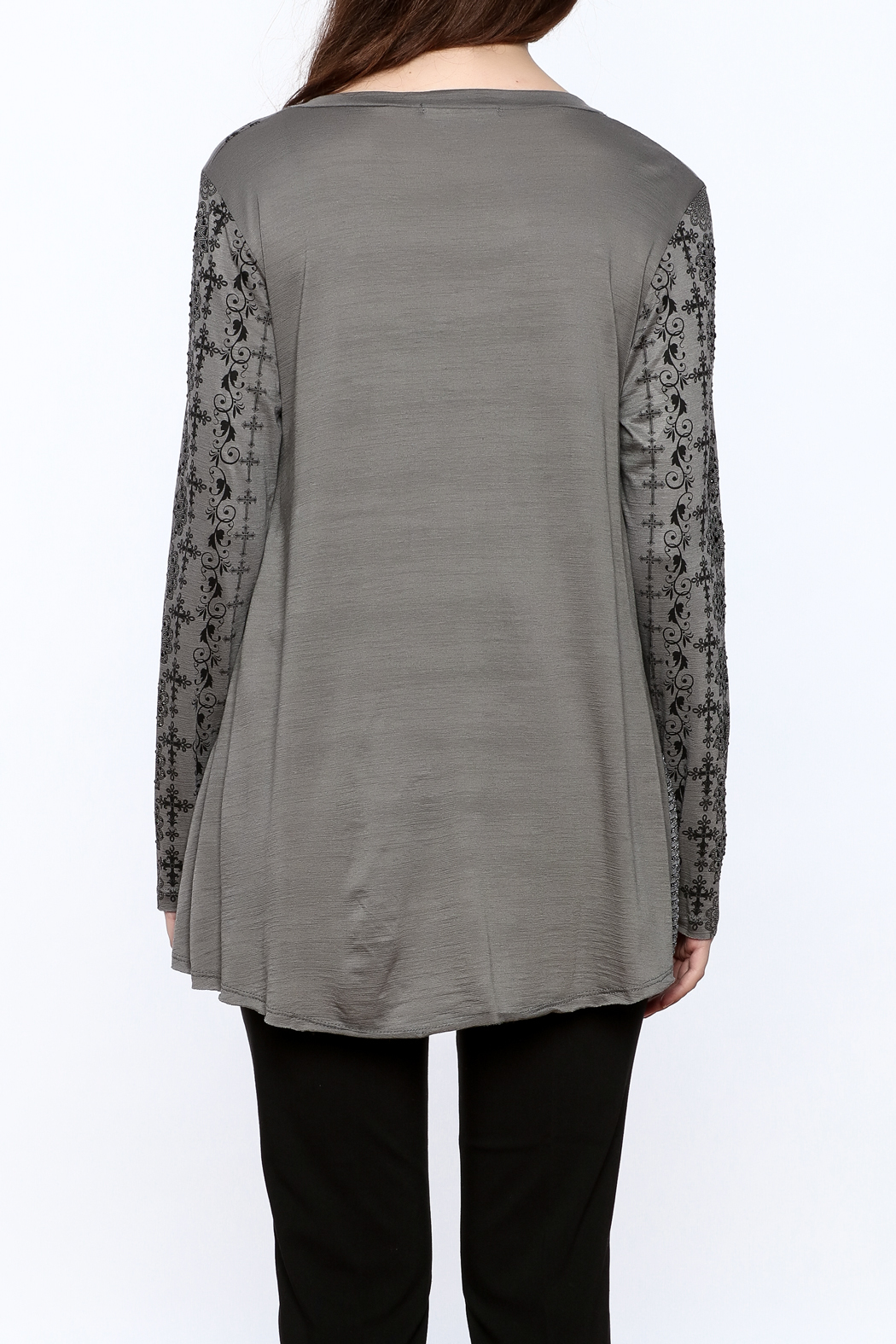 Voice Of California Loose Long Sleeve Top - Back Cropped Image
