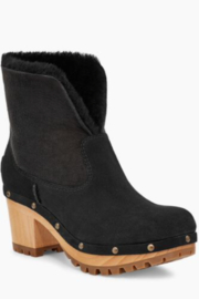 UGG Australia W Thebes Suede - Product Mini Image