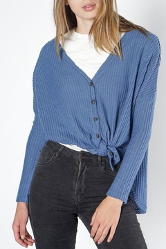 Mod Ref Waffle Button Top - Product List Image