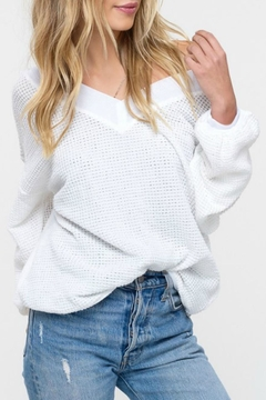 Listicle Waffle Texture V-Neck - Product List Image