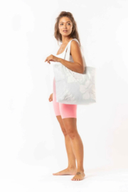 Aloha Collection Waipio Day Tripper in Mist - Side cropped