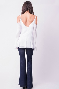 Wanderlux Cold Shoulder White Top - Alternate List Image