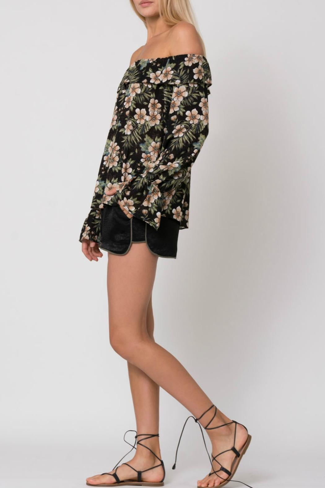 Wanderlux Off Shoulder Floral - Side Cropped Image