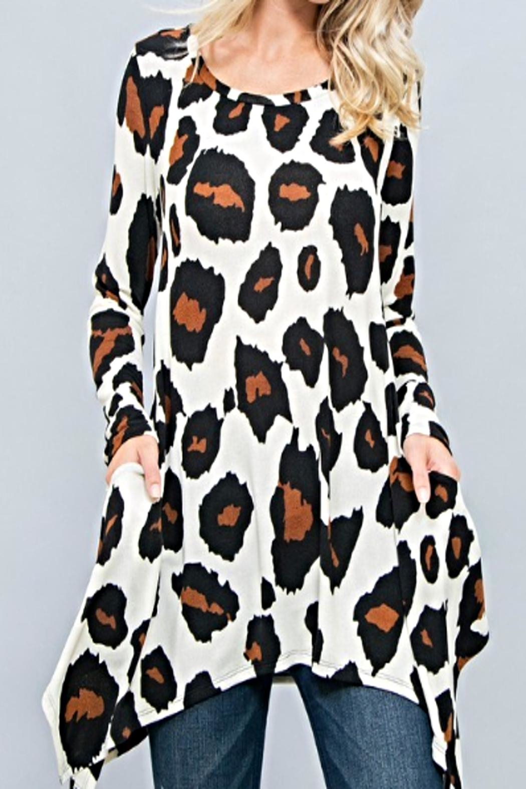 Wanna B Leopard Print Top - Front Cropped Image