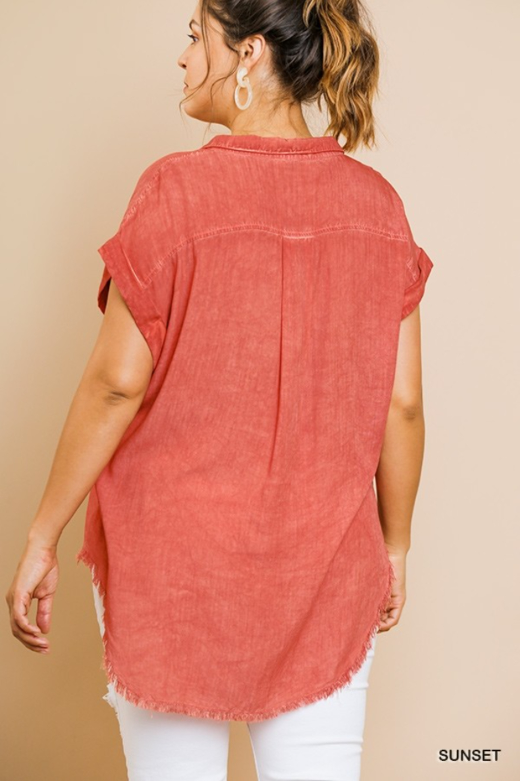 umgee  WASHED BUTTON UP SHORT SLEEVE - Front Full Image